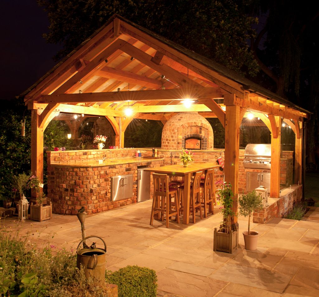7 Easy Steps To A Stunning Outdoor Kitchen