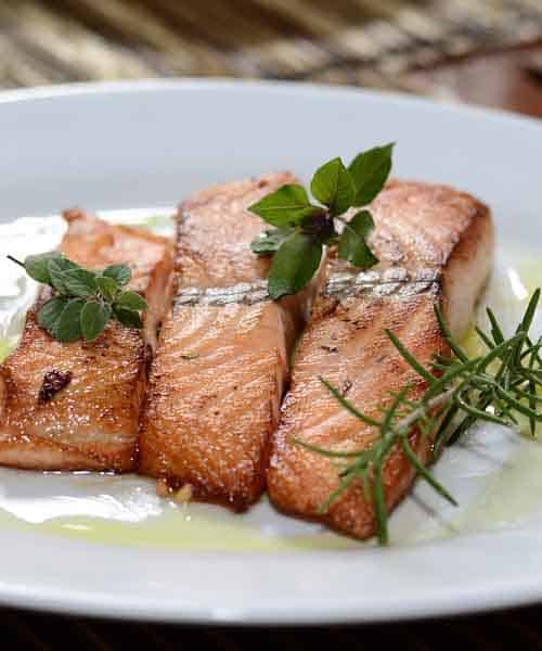 How to Cook Salmon: 4 Unbeatable Recipes